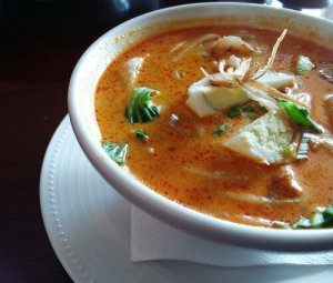 Thai Curry Laksa with Chicken & Shrimps @ The Noodle House